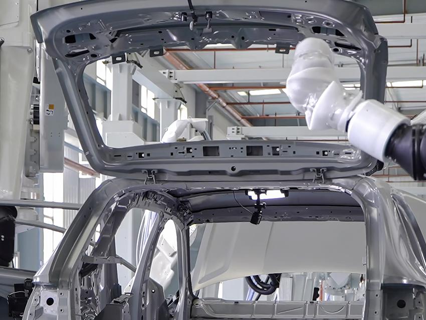 ABB Robotik Kompakt İç Yüzey Boyama İstasyonu